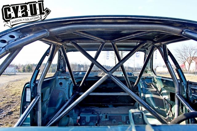 BMW E36 coupe roll cage by Cybul
