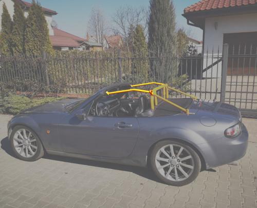 Mazda MX-5 NC roll bar windscreen extension