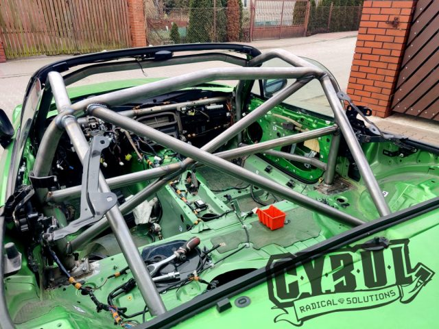 Mazda MX-5 NC PRHT roll cage by Cybul Radical Solutions